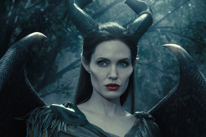 http://www.cinemafia.ru/upload/images/2014-05/537d2ae3841dafe0146aa906_maleficent-1.jpg